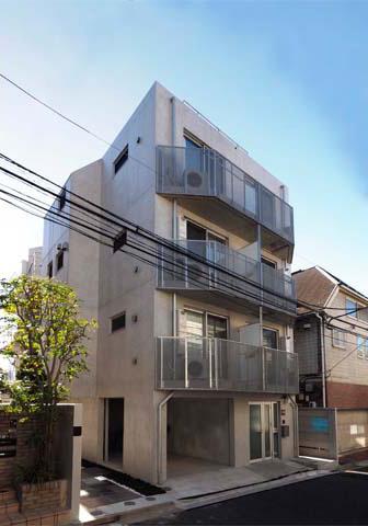 六本木ヒルズの隣に住むデザイナーズマンション