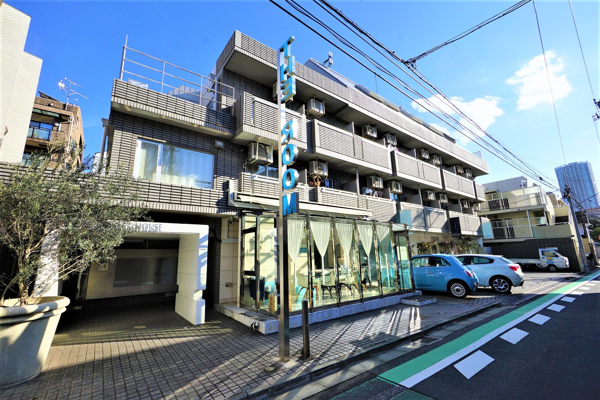 新宿。高台の閑静な住宅街で暮らす。